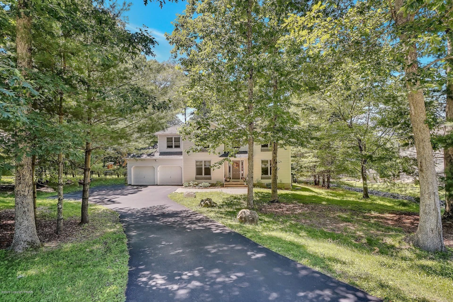 5294 Hilltop Cir, East Stroudsburg, PA 18301