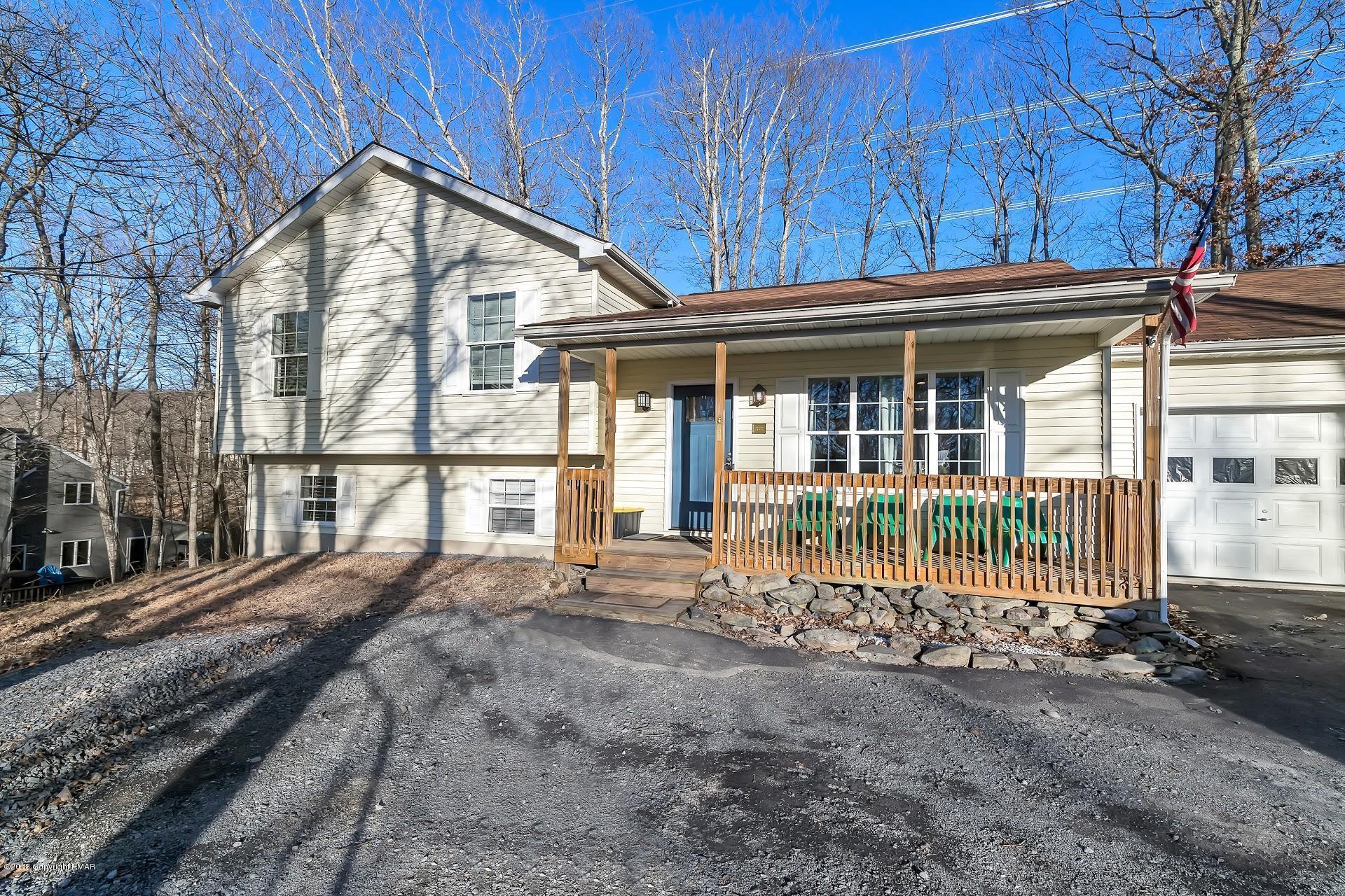 108 Dorchester Dr, Bushkill, PA 18324