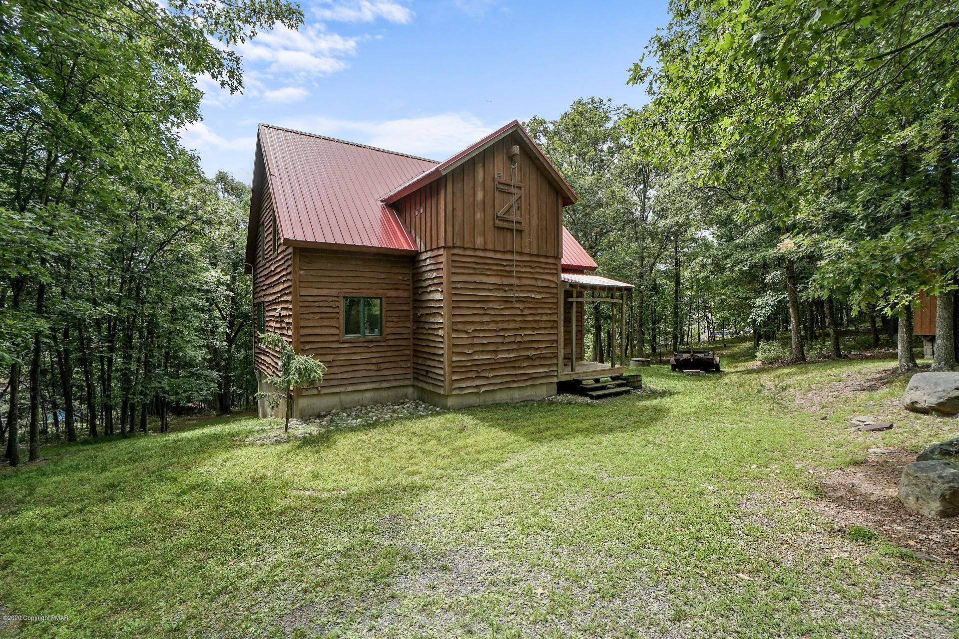 230 Timber Hill Rd, Henryville, PA 18332