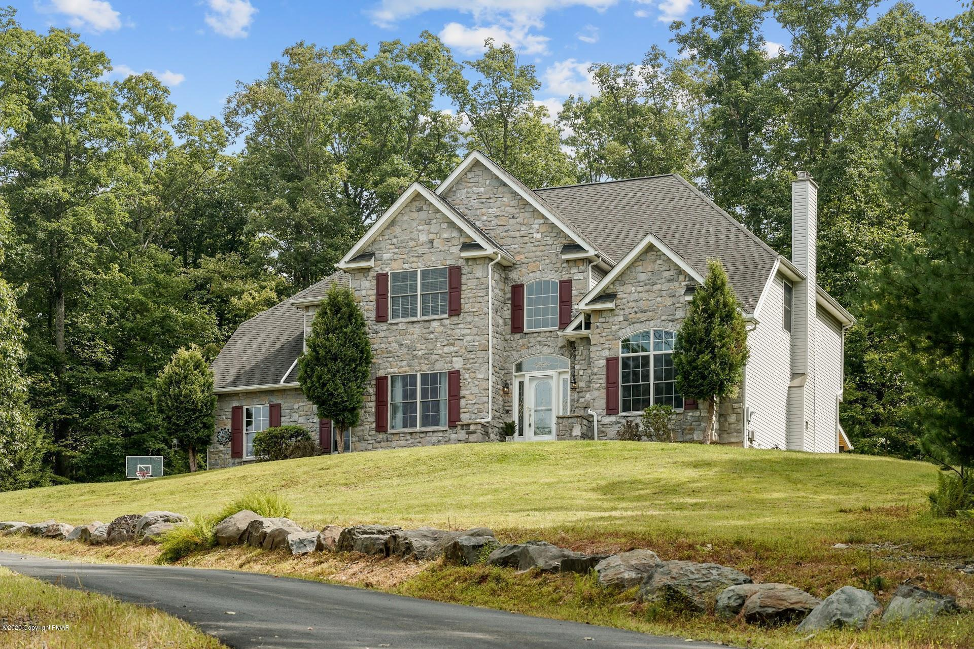 298 Cranberry Rd, East Stroudsburg, PA 18301