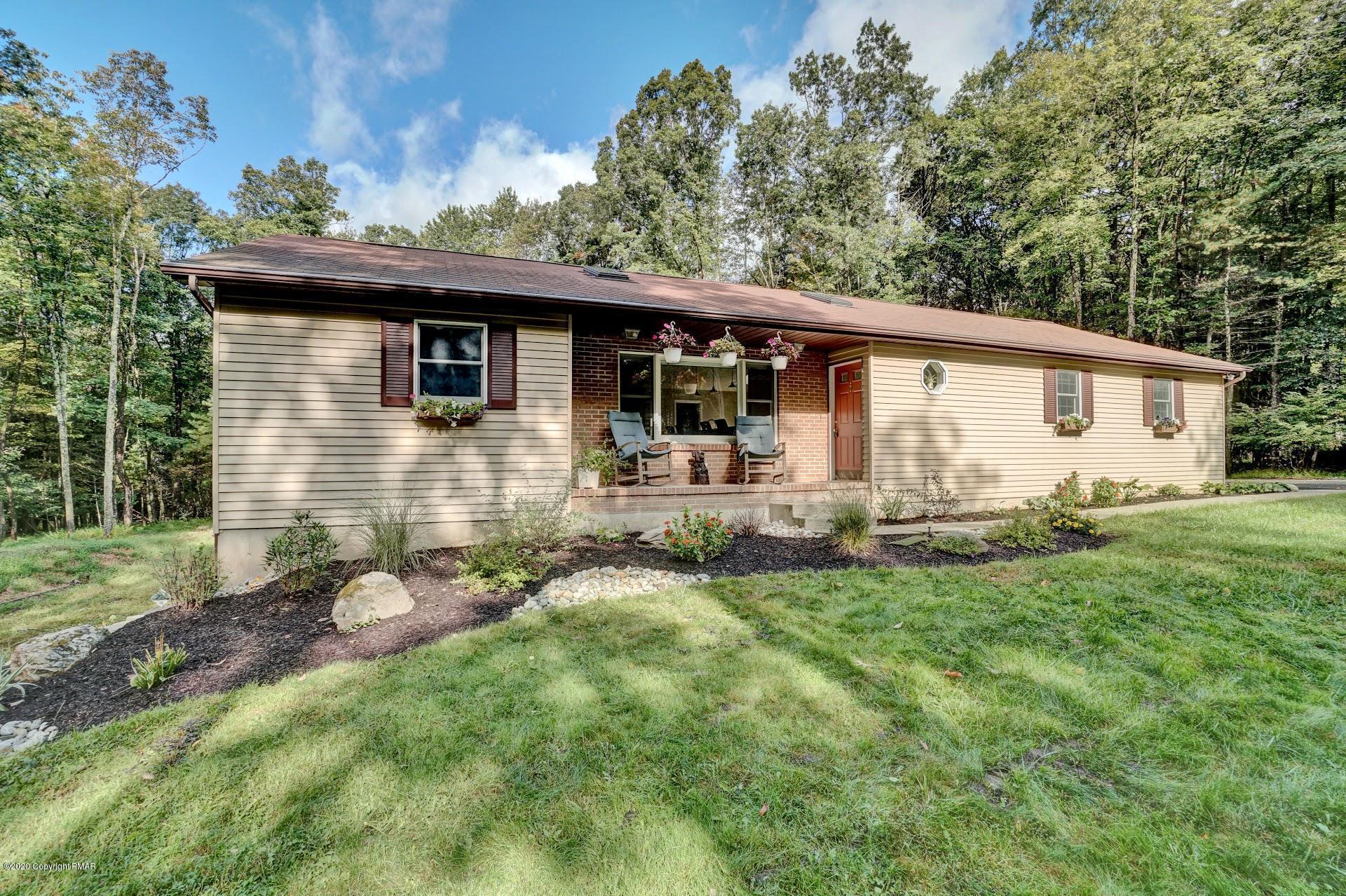 820 Elmwood Ct, Saylorsburg, PA 18353