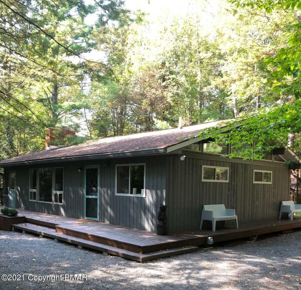 1109 Cedar Knoll Way, Pocono Pines, PA 18350