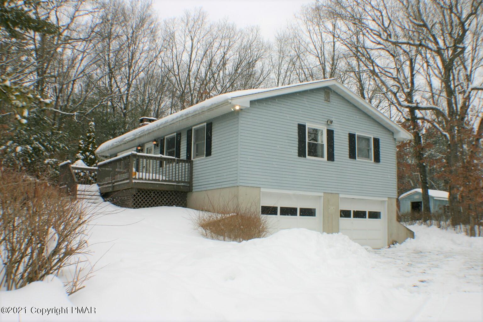 1002 Jackson View Rd, Stroudsburg, PA 18360