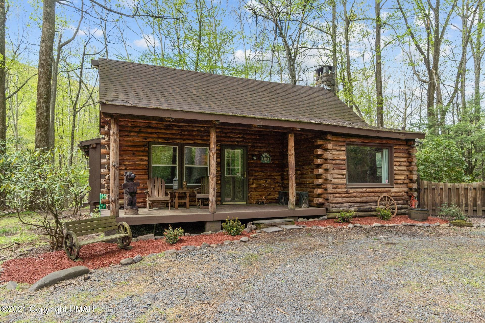 225 Camelback Rd, Tannersville, PA 18372
