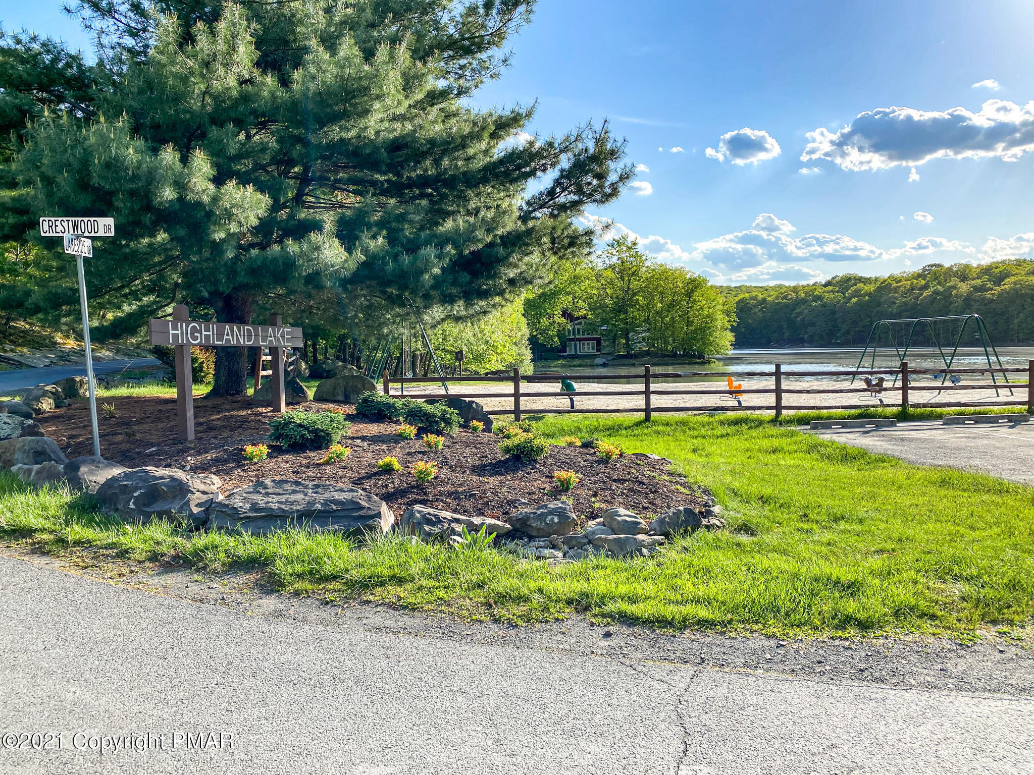 571 Lakeside Drive, East Stroudsburg, PA 18301
