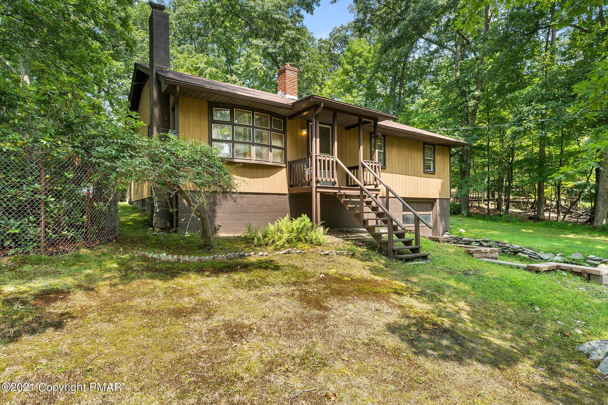 617 George Pl, Bushkill, PA 18324