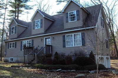 Milford Single Family Home For Sale: 121 Stonefield Rd