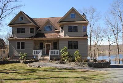 Lackawaxen Single Family Home For Sale: 373 Falling Waters Blvd