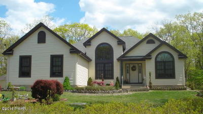 Milford Single Family Home For Sale: 108 Mountain Top Dr