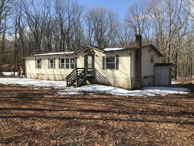 Hawley PA Single Family Home For Sale: $29,900