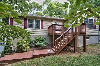 Lake Ariel Single Family Home For Sale: 2506 Oak Ct