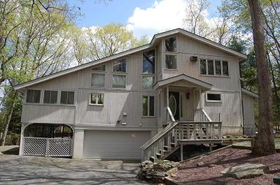Hemlock Farms Single Family Home For Sale: 131 Broadmoor Dr
