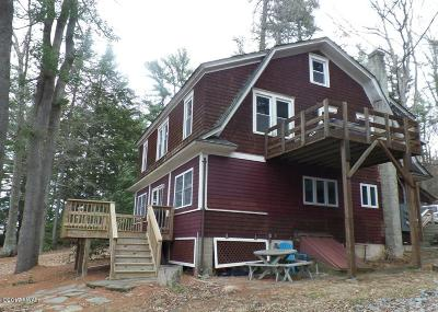 Paupack Single Family Home For Sale: 107 Skippers Ln