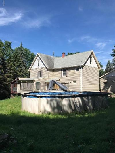 Honesdale Single Family Home For Sale: 1 Deer Ln