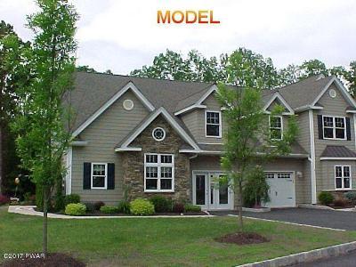 Matamoras Single Family Home For Sale: 410 Braeburn Path