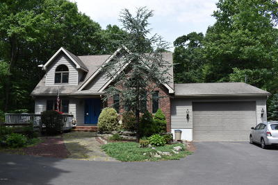 Lords Valley Single Family Home For Sale: 122 Portage Ln