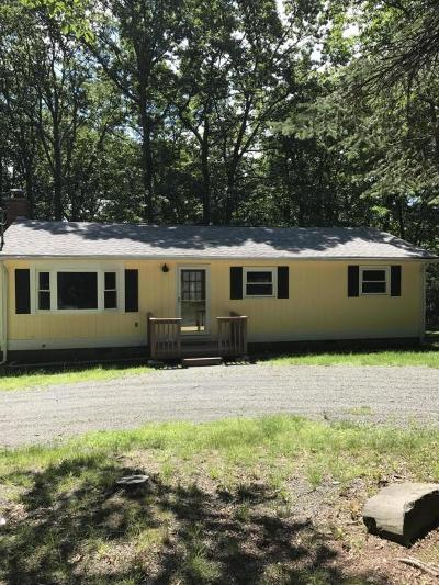 Milford Single Family Home For Sale: 162 Conashaugh Trl