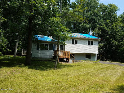 Sunrise Lakes Single Family Home For Sale: 152 Buck Run Rd