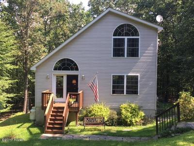 Milford PA Single Family Home For Sale: $155,000