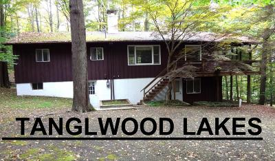 Tanglwood Lakes Single Family Home For Sale: 102 W Oak Lane