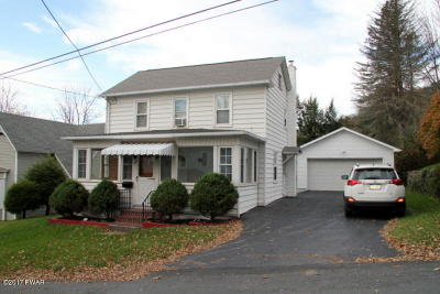 Honesdale Single Family Home For Sale: 115 Young St