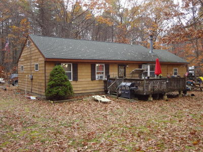 Lakeville PA Single Family Home For Sale: $139,900