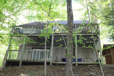Lake Ariel Single Family Home For Sale: 3900 Navaho Ln