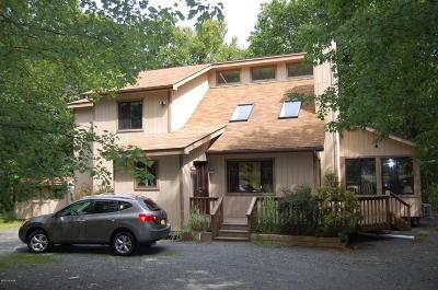 Hemlock Farms Single Family Home For Sale: 802 Mason Court