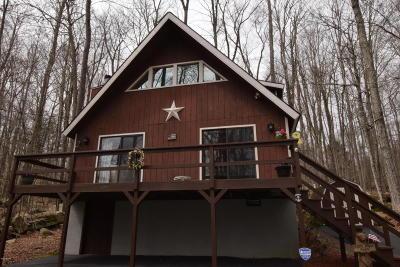 Lake Ariel Single Family Home For Sale: 3825 Split Rail Ln