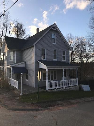 Carbondale Single Family Home For Sale: 49 Grove St