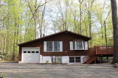 Hawley Single Family Home For Sale: 17 Oak Ln