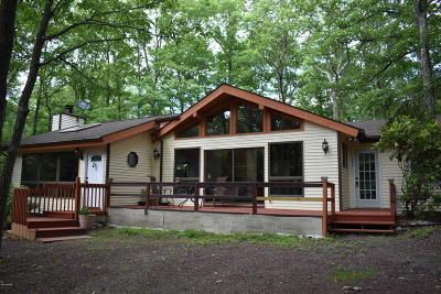 Hemlock Farms Single Family Home For Sale: 114 Surrey Dr
