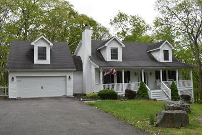 Hemlock Farms, Hemlock Farms Single Family Home For Sale: 127 Broadmoor Drive