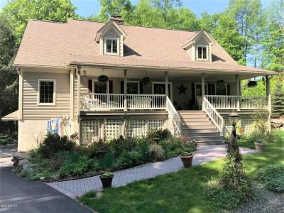 Lake Ariel Single Family Home For Sale: 3703 Applegate Rd