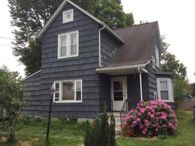Matamoras Single Family Home For Sale: 204 Avenue M