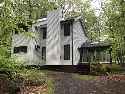Hemlock Farms Single Family Home For Sale: 103 Fairway Dr