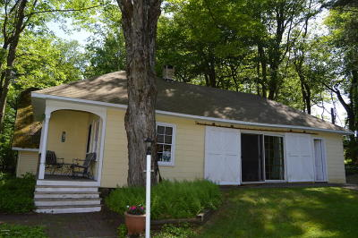 Wayne County Single Family Home For Sale: 28 Coxton Lake Rd