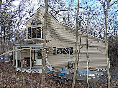 Masthope Single Family Home For Sale: 192 Falling Waters Blvd