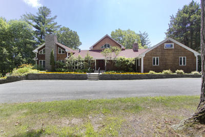 Milford Single Family Home For Sale: 114 Log Tavern Rd