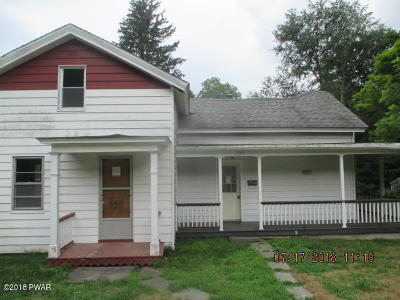 Hawley PA Single Family Home For Sale: $105,000