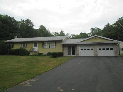 Waymart Single Family Home For Sale: 733 Elk Lake Dr