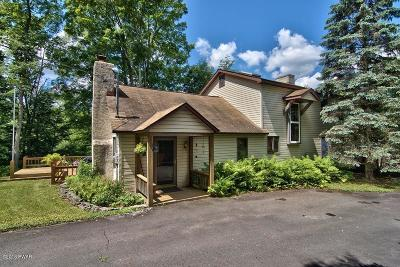 Honesdale Single Family Home For Sale: 402 Middle Creek Rd