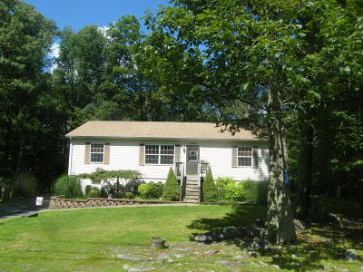 Milford PA Single Family Home For Sale: $174,500