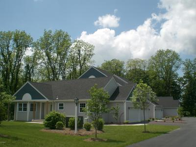 Milford Single Family Home For Sale: 4105 Milford Landing Dr
