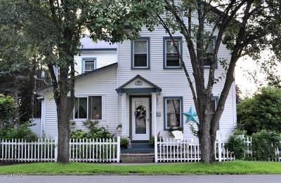 Matamoras Single Family Home For Sale: 101 Avenue I