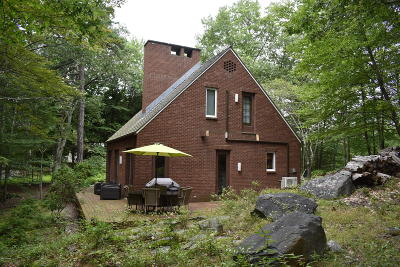 Lords Valley Single Family Home For Sale: 123 Whipple Tree Ln