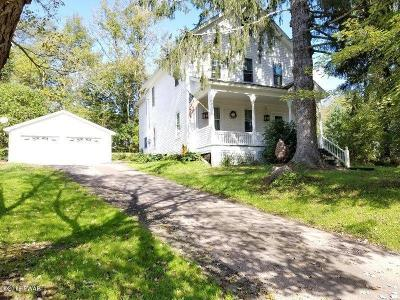 Honesdale Single Family Home For Sale: 806 Maple Ave