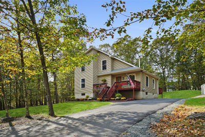 Milford PA Single Family Home For Sale: $169,000