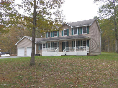 Milford Single Family Home For Sale: 200 Oneida Way