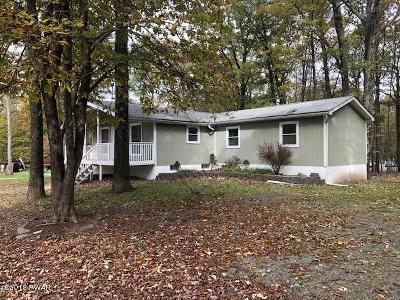 Milford PA Single Family Home For Sale: $104,900
